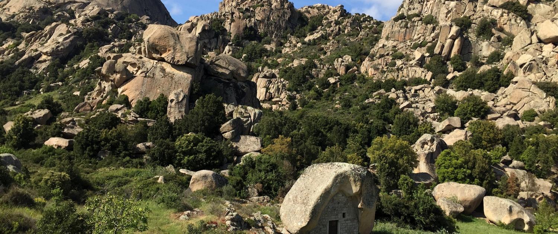 Tafoni Granitfelsen der Gallura